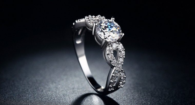 حلقه و جواهرات عیار بالا